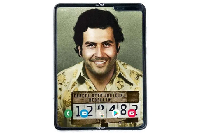 399$ Fiyatlı Galaxy Fold Çakması: Escobar Fold 2